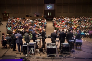 Great looking crowd! The Perrys, The Mark Trammell Quartet and Greater Vision closing out the night together.
